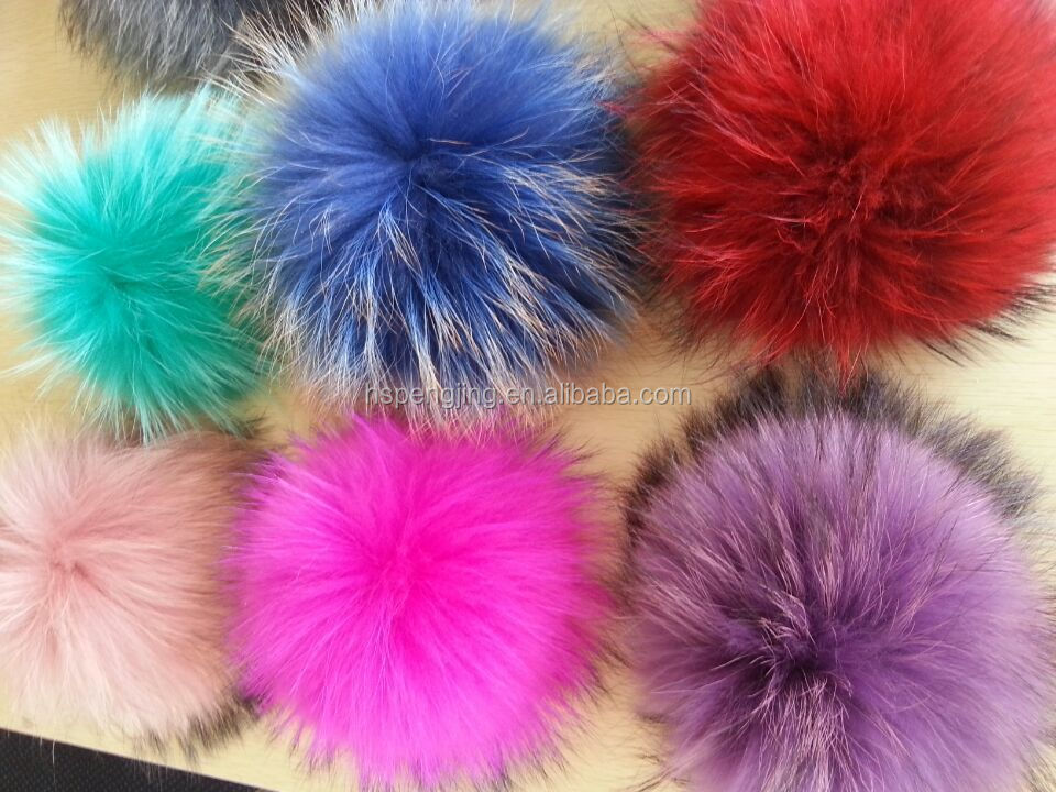 100% Real Raccoon Fur Pom Poms With Snap Button For Beanie ...