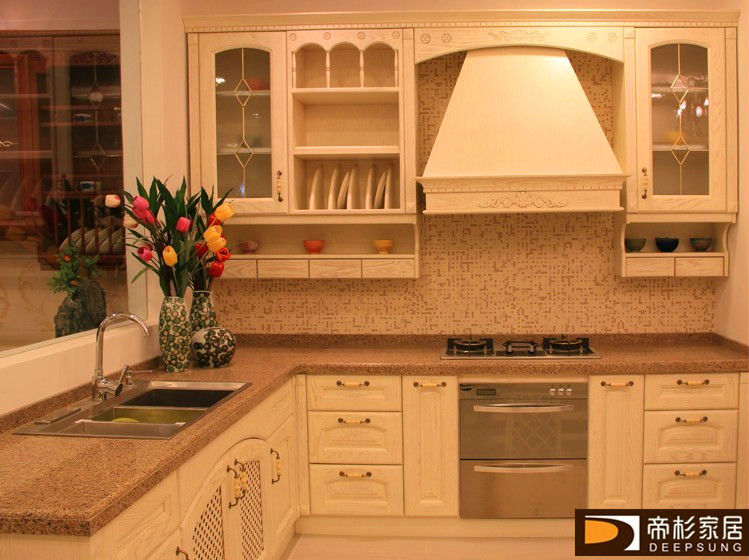 Solid wood kitchen cabinet for home or hotel