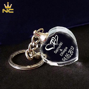 Personalized Clear Souvenirs 3D Glass Heart Shaped Crystal Keychain For Wedding Favors Gifts