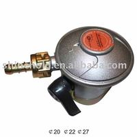 Gas Regulator With Safety Device