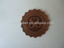 2016 custom brand logo embossed leather label leather patch for jeans