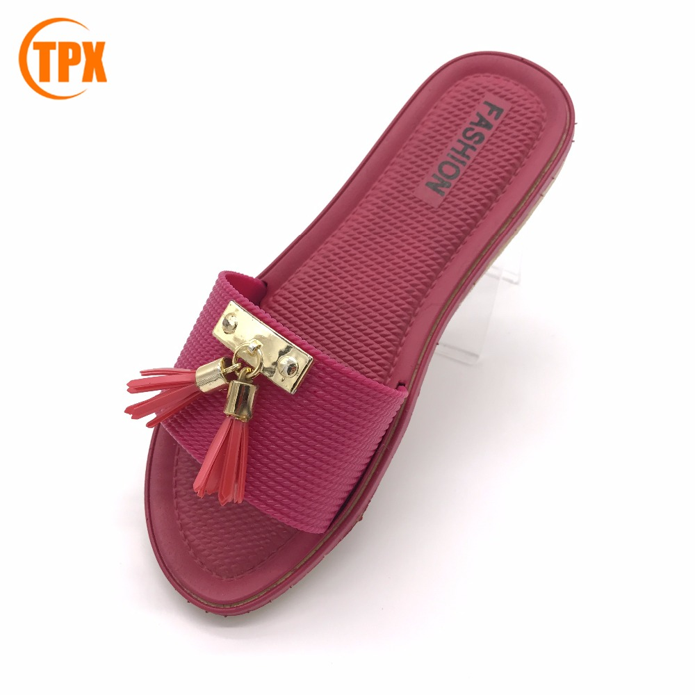 2017 New design summer fashion woman gold casual pvc sandal