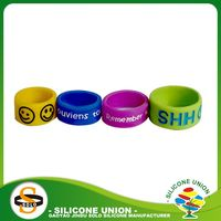 Round gift silicone rubber wedding rings