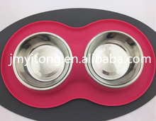 New Design Food Grade 2 Container Water/Food Silicone Pet Feeder