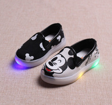 New 2017 LED lights girls canvas shoes kids sneakers children cartoon glowing light shoes