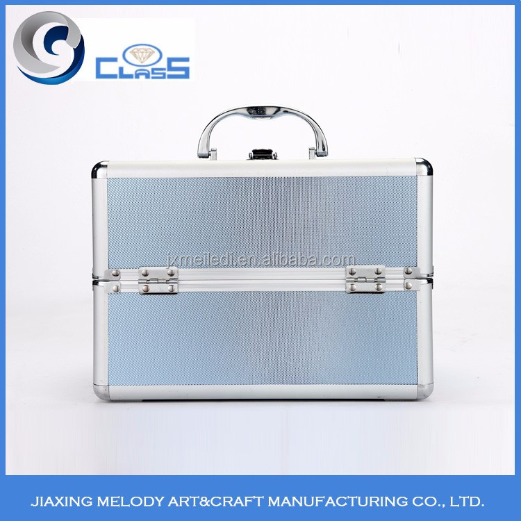 2017 selling Chinese products exquisite high capacity aluminum makeup vanity case