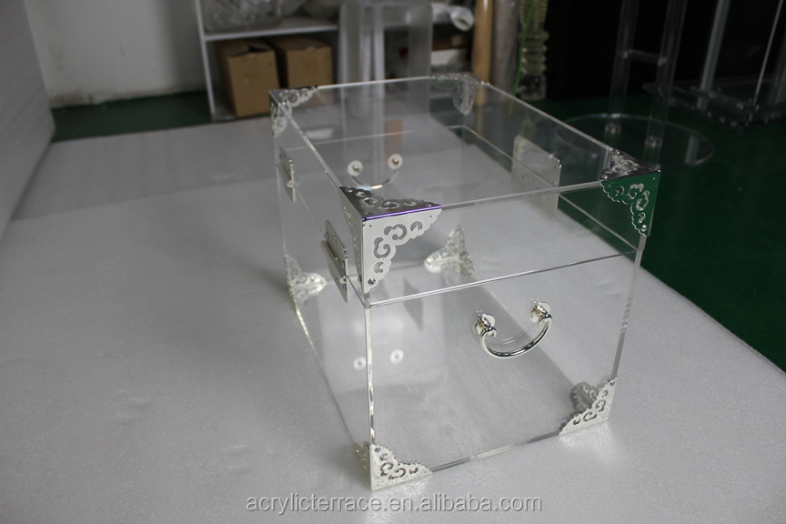 High Quality Clear Acrylic Trunk For Storage with Hardware