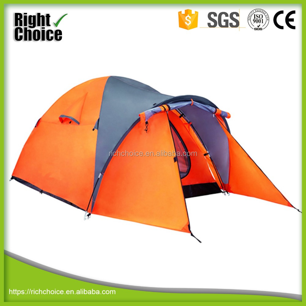 2 men winter camping <strong>tent</strong>