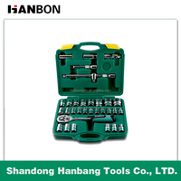 Professional 32 pcs comprehensive hand tools set of China factory