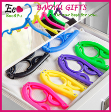 Plastic Foldable Hanger Travel Clothes Hangers