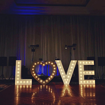 Large illuminated sign bulbs letters big love marquee sign luminous advertising letters