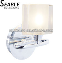 Single head crystal shade steel wall lamp with E27 lampholder