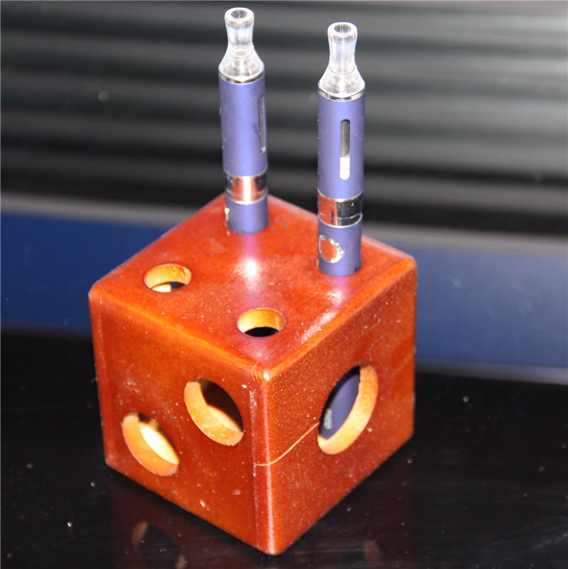 Dice Style Wooden Ecig Display Rack Ego T Evod Vision CF 18650 26650 Battery Mechanical Mod Vaporizer Pen Show Stand