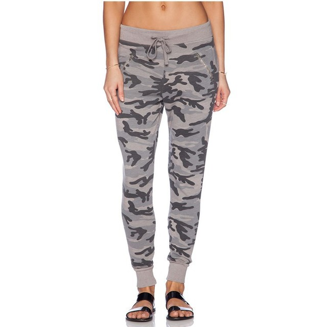 Sport women's camouflage pants in wholesale