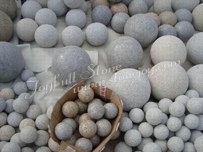 Landscaping stone balls spheres