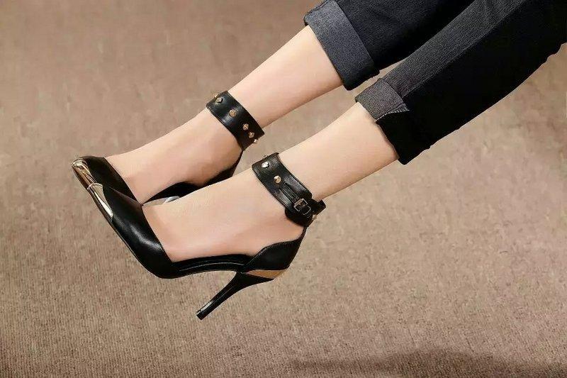 High heel sandal sex