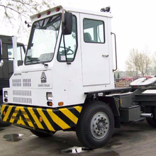 Sinotruk HOVA 6x4 terminal tractor truck for PORT application