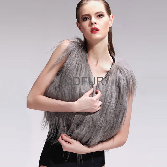 QD27584 Genuine Women Short Goat Hair Fur Vest 100% Real Long Fur Style