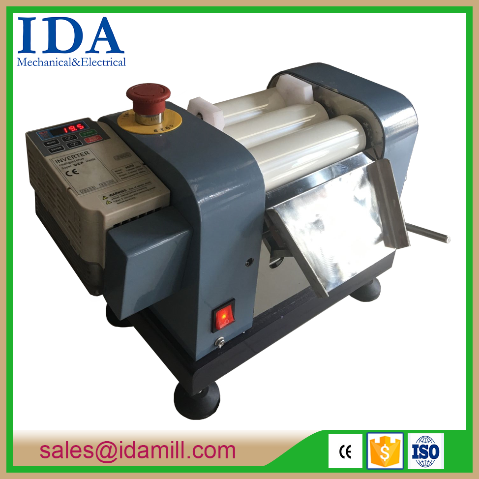 best sell small lab three roll mill/chocolate grinding machine