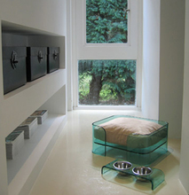Professional Design Customized modern acrylic pet beds with many colors