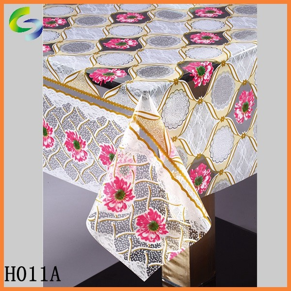 Fashionable Plain Dyed Pattern Table Cloth from Factory