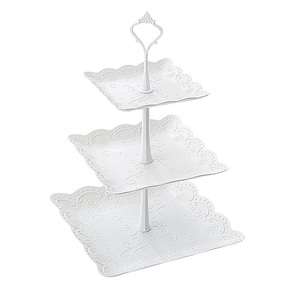 Amazon Top Seller 2018 Plastic 3 Tier White Cake Tray Candy Shelf Wedding Party Decoration Tools Baking Tools