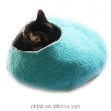 100% wool fashion felted cat house