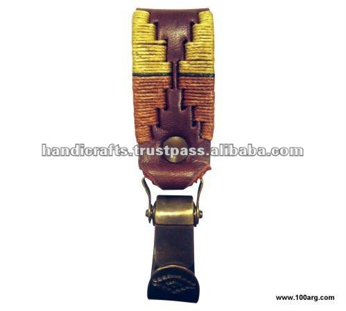 KEY HOLDER IN ECOLOGICAL LEATHER EMBROIDERY 'MOSQUETON' DIFFERENT COLOURS
