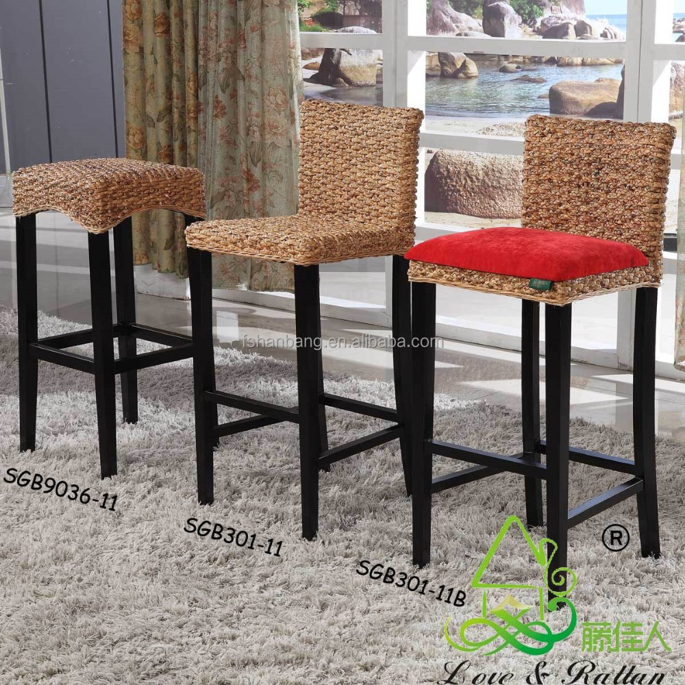 China Manufacturer Vintage Rattan Bamboo Wooden High Chair