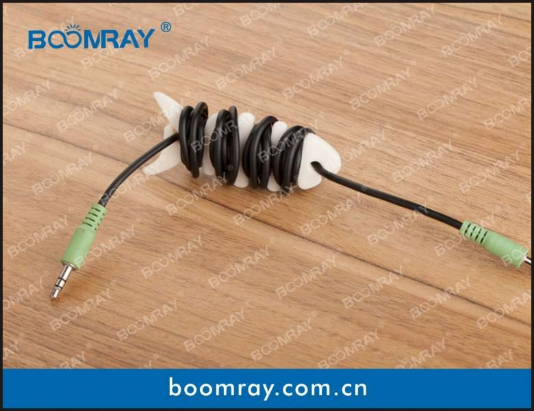 useful and cute cable headset connector suitable for mp3 & pc & tv & mobile phone