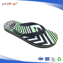 Promotion gift custom very cheap men flip flops hard durable pe sole with green middle line