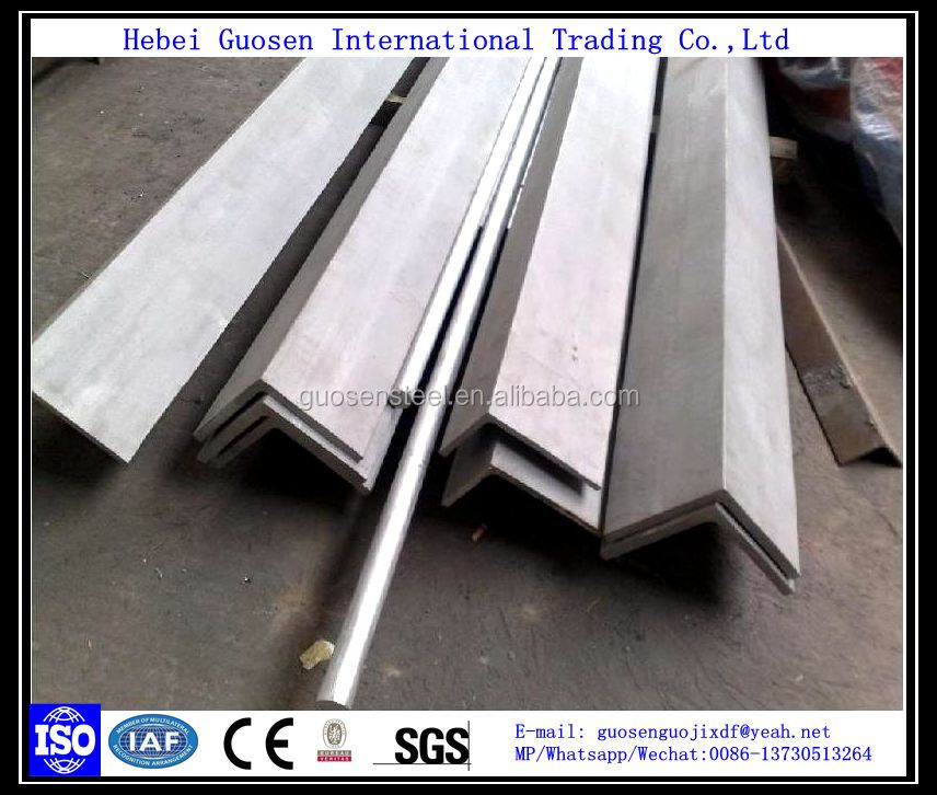 Mild Steel Equal Angle / Price Steel Angle Iron / Ss400 Perforated Angle Steel