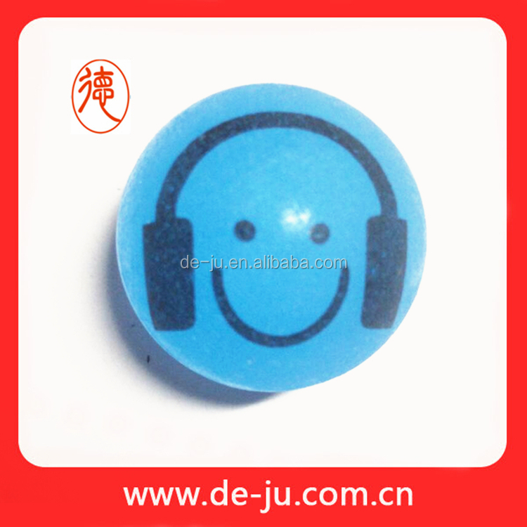 Small earphone listener printing bouncing rubber band ball