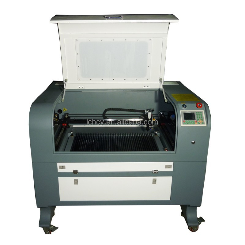 Cheap small CCD camera 60W Co2 laser cutter/laser cutting machine for trademark/brand/logo/label/applique with CE/FDA