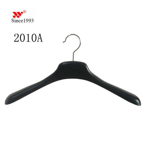 recycled material decorative delux plastic coat hangers