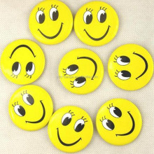 waiter badge with smile Emoji button badge wholesale price for tinplate badge in stock
