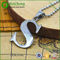 S shape stainless steel pendant jewelry silver letter S pendants