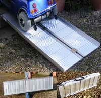 Aluminium folding wheelchair ramp