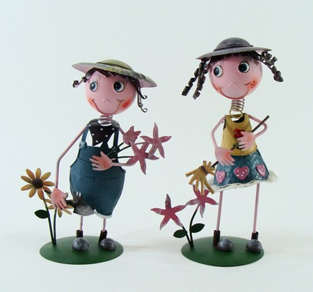 China folk art Handmade indoor metal doll with flower