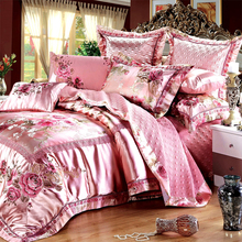 luxury bedding set bed sheets bed pillows