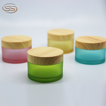 Colorful low MOQ 20G 30G 50G frosted container body cream jar with wooden lid
