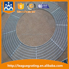 extruded material floor grating for parking lots