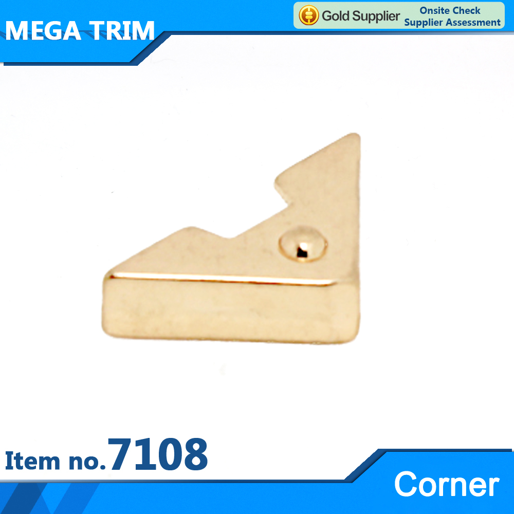 No.7108 tiny top quality metal leather bag corner for bag accessories light gold metal hardware