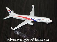 Malaysia Boeing B737-800 Diecast Aircraft Scale Model
