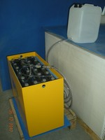 FORKLIFT TRACTION BATTERY WITH CABLE CONNECTOR S & AUTO WATER FILLING SYSTEM