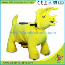 GM5953 China Attractive Battery Walking Toys For Kids In Shopping Mall