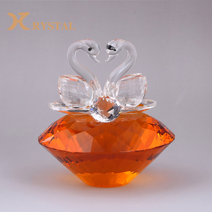 Wholesale Custom Polished Decorative Multiple Colour Couple Swans Crystal For Wedding Decorative