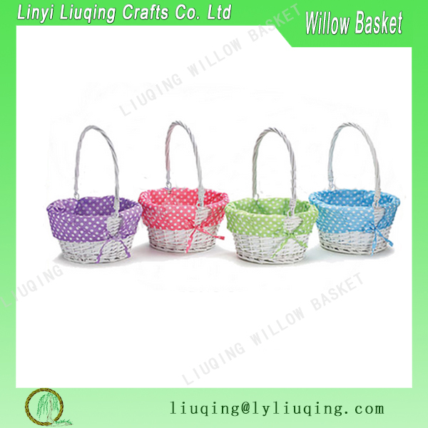 Factory wholesale Easter small willow wicker gift basket storage basket with handles for children