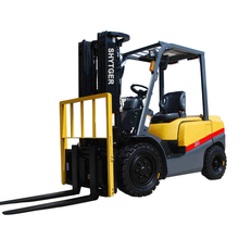 TCM Type Diesel Forklift Truck FD20-FD35 with scrap bale clamps ranging from 790-2600mm