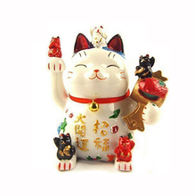 Factory Custom made home decoration polyresin lucky cat for decoration
